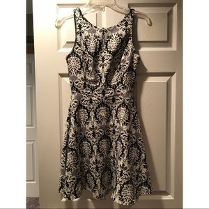 Lush black and white print dress